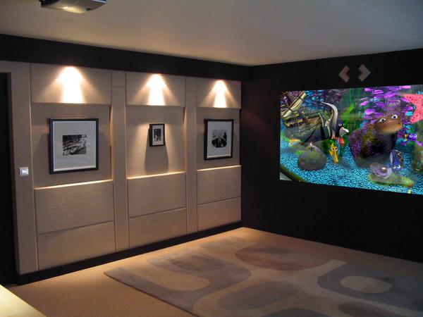 Installation videoprojecteur chez soi experience accueil - Videoprojecteur home cinema pour un interieur ultra moderne ...
